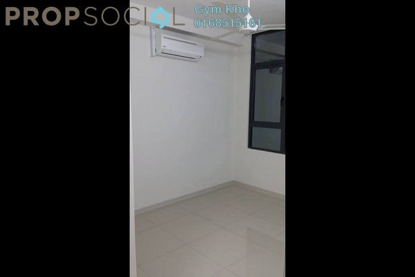 For Rent Serviced Residence at Centrestage, Petaling Jaya Leasehold Semi Furnished 3R/2B 1.7k