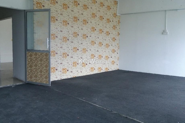 For Rent Shop at Bandar Bukit Tinggi 1, Klang Freehold Unfurnished 0R/0B 2.4k