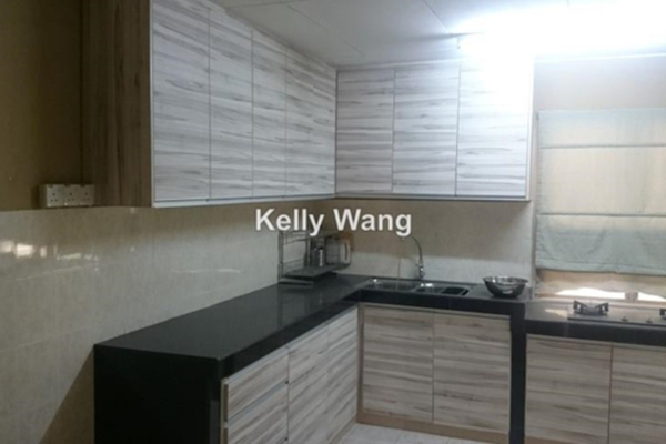 For Sale Terrace at Taman Tasik Puchong, Puchong Leasehold Semi Furnished 3R/2B 630k