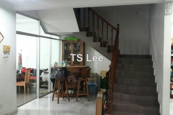 For Sale Terrace at Taman Teluk Pulai, Klang Freehold Semi Furnished 5R/3B 880k
