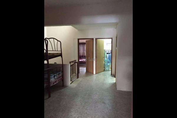 For Sale Terrace at Taman Bayu Perdana, Klang Freehold Unfurnished 4R/3B 500k