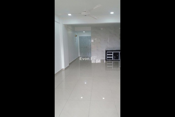 For Sale Apartment at Taman Sentosa, Klang Freehold Fully Furnished 3R/2B 188k