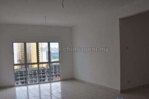 For Sale Condominium at Residensi Laguna, Bandar Sunway Leasehold Semi Furnished 3R/2B 429k