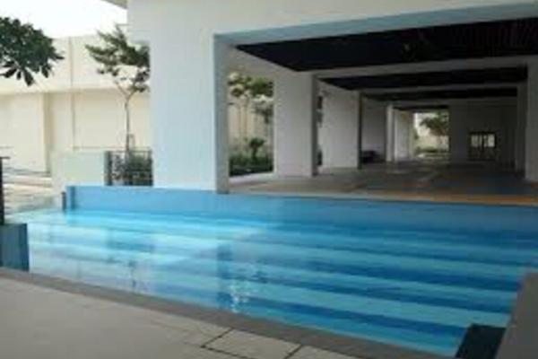 For Sale Condominium at Setia Walk, Pusat Bandar Puchong Freehold Semi Furnished 2R/2B 575k
