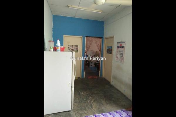 For Sale Apartment at Bandar Putera Klang, Klang Leasehold Unfurnished 2R/2B 78k