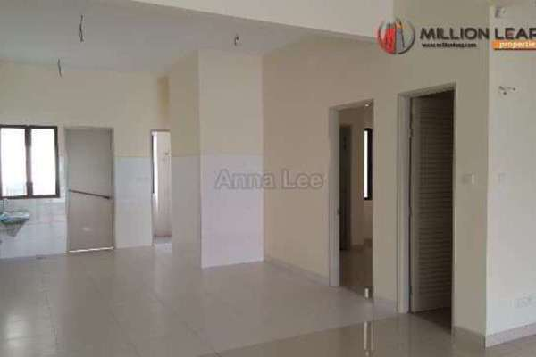 For Sale Terrace at Pentas, Alam Impian Freehold Unfurnished 4R/5B 1.32m