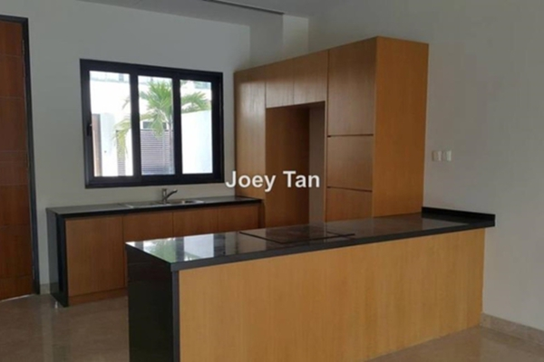 For Sale Bungalow at Kenny Heights Sanctuary, Kenny Heights Freehold Semi Furnished 5R/7B 4.7百万