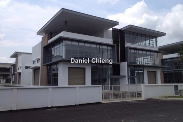 For Sale Factory at Taman Meranti Jaya Industrial Park, Puchong Leasehold Unfurnished 0R/0B 3.2m