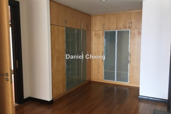 For Rent Condominium at Cendana, KLCC Leasehold Semi Furnished 4R/3B 11k