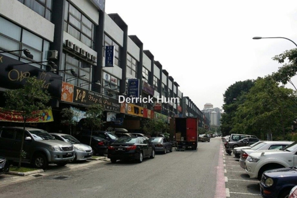 For Sale Shop at The Trillium, Sungai Besi Leasehold Unfurnished 0R/5B 12.9m