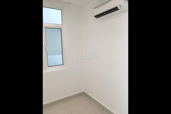 For Sale SoHo/Studio at Central Residence, Sungai Besi Leasehold Semi Furnished 2R/2B 528k