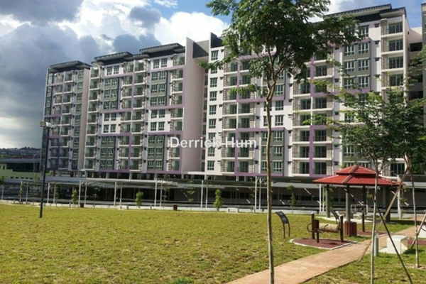 For Rent Apartment at Green Suria Apartment, Bandar Tun Hussein Onn Leasehold Unfurnished 3R/2B 900translationmissing:en.pricing.unit