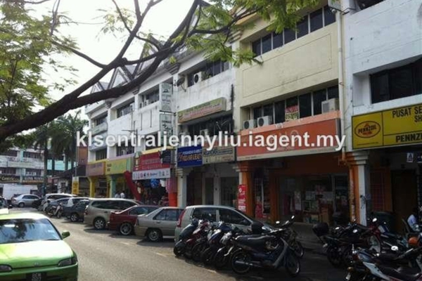 For Sale Office at Section 1, Wangsa Maju Leasehold Unfurnished 4R/1B 650k