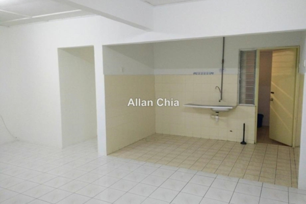 For Rent Apartment at Saujana Apartment, Damansara Damai Leasehold Unfurnished 3R/2B 800translationmissing:en.pricing.unit