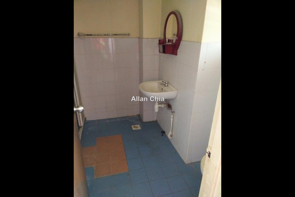 For Rent Terrace at Emerald East, Rawang Freehold Unfurnished 4R/3B 1.1k
