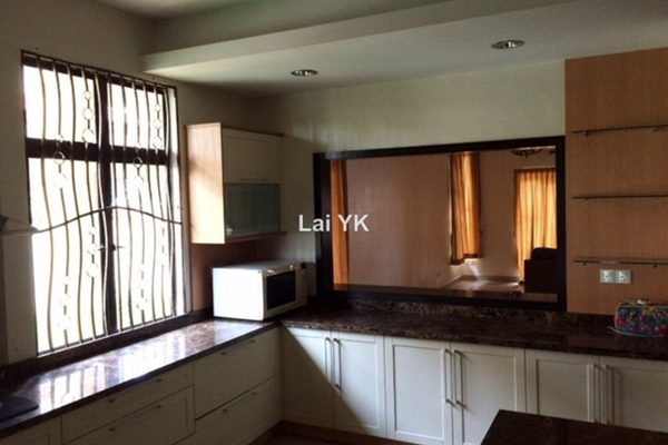 For Sale Semi-Detached at Bandar Bukit Tinggi 2, Klang Freehold Semi Furnished 4R/4B 1.65m