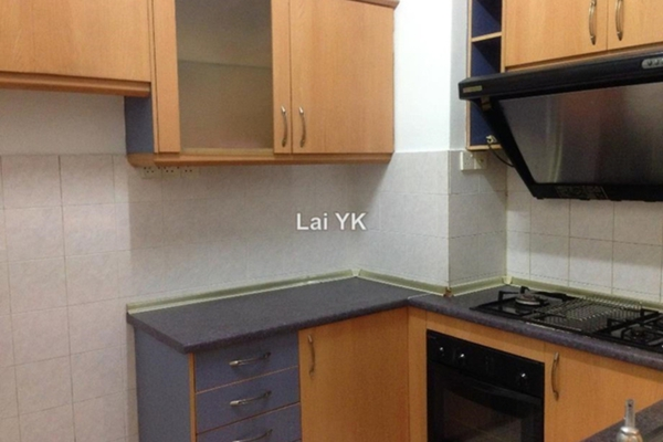 For Sale Condominium at Ridzuan Condominium, Bandar Sunway Leasehold Semi Furnished 3R/2B 370k