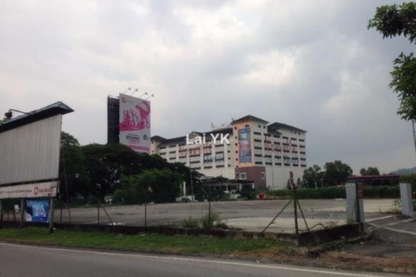 For Rent Land at Taman Serdang Raya, Seri Kembangan Leasehold Unfurnished 0R/0B 19k