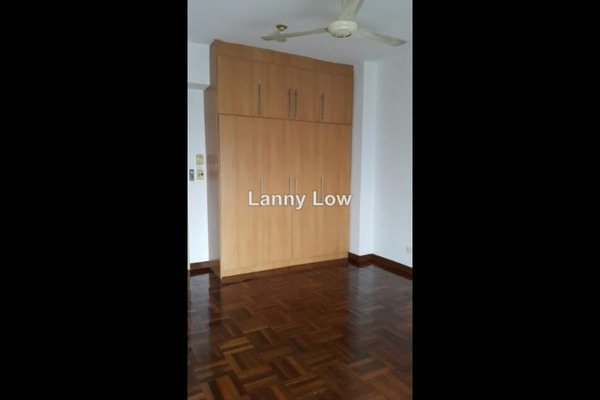 For Sale Condominium at Ridzuan Condominium, Bandar Sunway Leasehold Semi Furnished 3R/2B 335k
