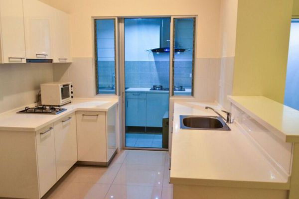 For Rent Condominium at Casa Tropicana, Tropicana Leasehold Fully Furnished 4R/3B 2.2k
