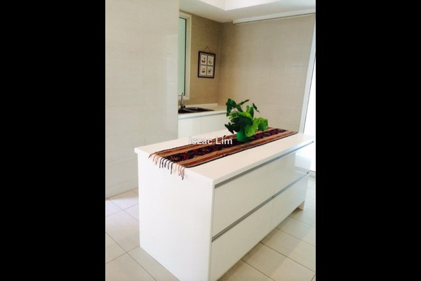 For Sale Condominium at Kiaraville, Mont Kiara Freehold Unfurnished 4R/6B 2.3m