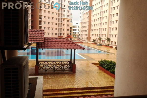 For Sale Apartment at Bayu Puteri, Tropicana Leasehold Semi Furnished 4R/2B 550k