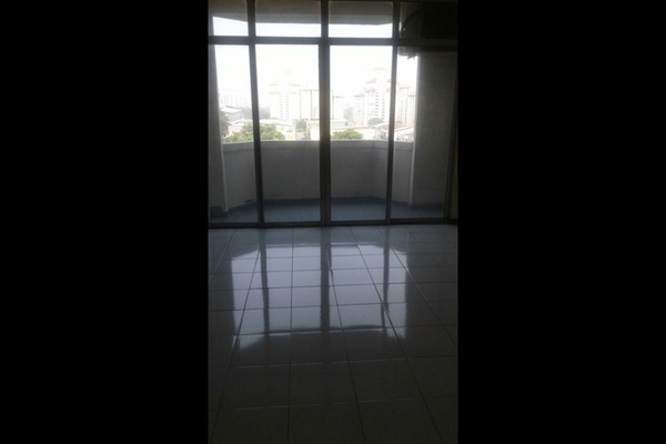 For Sale Condominium at Bukit OUG Condominium, Bukit Jalil Leasehold Semi Furnished 1R/1B 320k