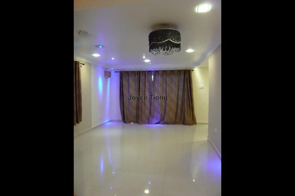 For Rent Condominium at Magna Ville, Selayang Leasehold Semi Furnished 3R/2B 1.2k