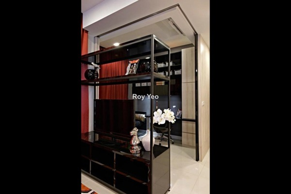 For Sale Condominium at Uptown Residences, Damansara Utama Leasehold Semi Furnished 1R/1B 850k