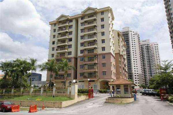 For Rent Condominium at Prima Ria, Dutamas Leasehold Unfurnished 3R/2B 1.5k