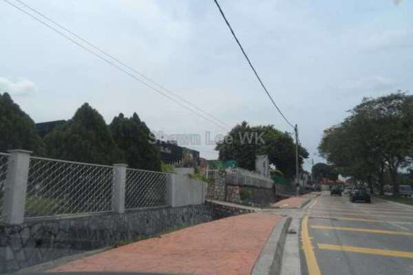 For Sale Semi-Detached at Gasing Indah, Gasing Heights Freehold Unfurnished 0R/0B 2.3m