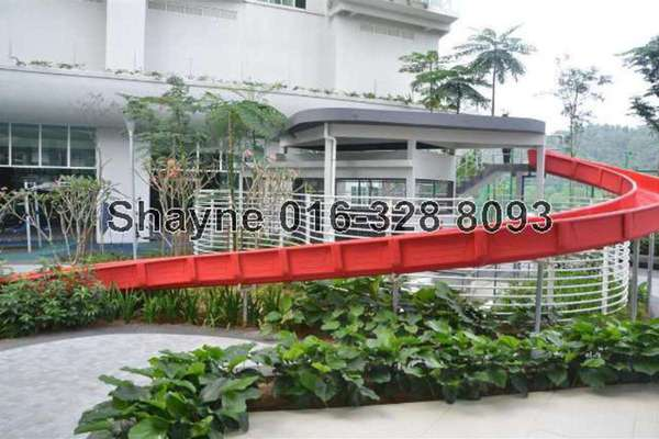 For Rent Condominium at 28 Mont Kiara, Mont Kiara Leasehold Semi Furnished 4R/5B 10.5k