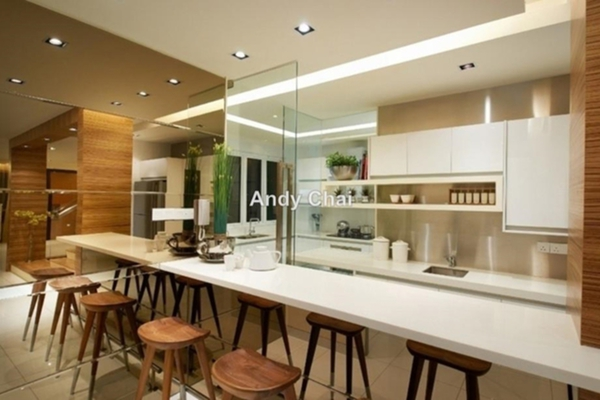 For Sale Condominium at 1120 Park Avenue, PJ South Leasehold Unfurnished 3R/2B 435k