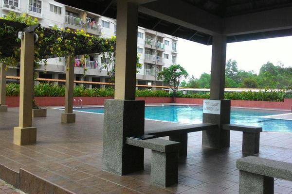 For Sale Apartment at Cahaya Permai, Bandar Putra Permai Leasehold Unfurnished 3R/2B 315k