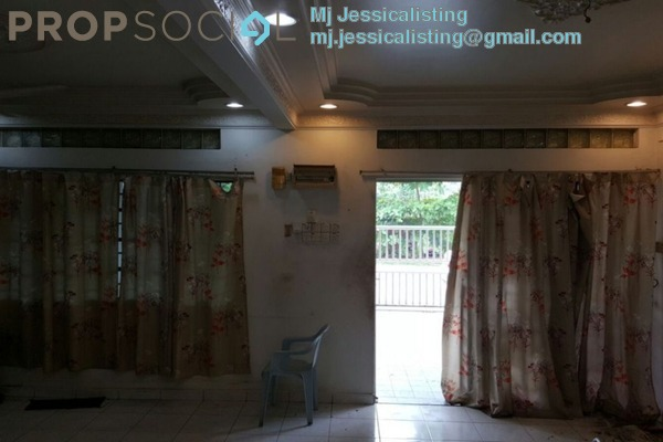 For Sale Terrace at Taman Kepong, Kepong Freehold Semi Furnished 5R/2B 798k