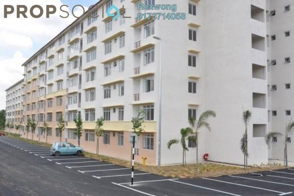 For Sale Apartment at Taman Topaz, Dengkil Freehold Semi Furnished 3R/2B 130k