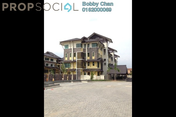 For Sale Terrace at Lake Valley, Bandar Tun Hussein Onn Leasehold  3R/2B 600k