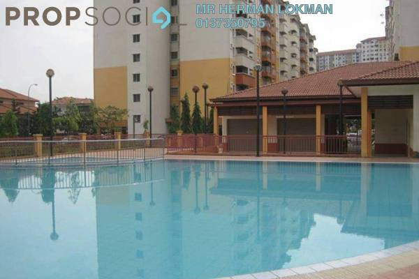 For Sale Apartment at Taman Bukit Serdang, Seri Kembangan Freehold Semi Furnished 3R/2B 310k