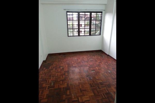 For Sale Condominium at Bayu Tasik 1, Bandar Sri Permaisuri Leasehold Unfurnished 3R/2B 400k