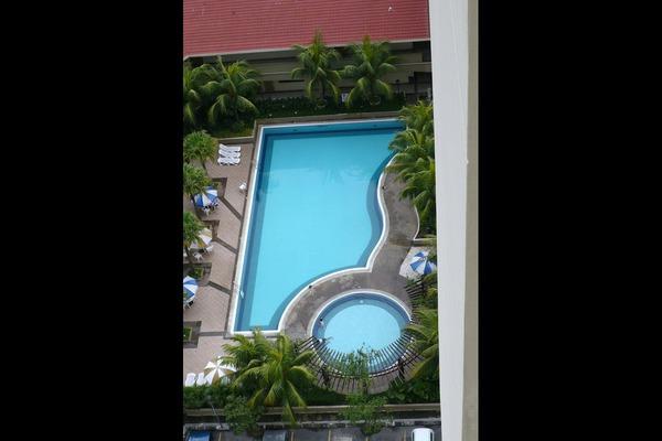 For Rent Condominium at Bayu Tasik 2, Bandar Sri Permaisuri Leasehold Semi Furnished 3R/2B 1.4k