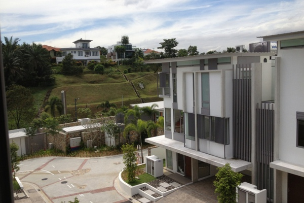 For Sale Bungalow at Valencia, Sungai Buloh Leasehold Unfurnished 4R/5B 2.3m