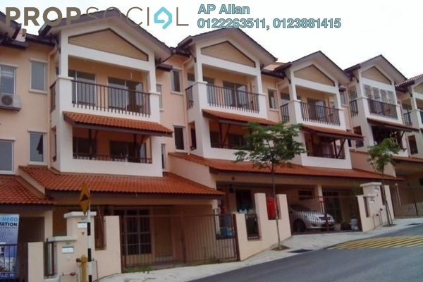 For Rent Townhouse at Amansiara, Selayang Leasehold Semi Furnished 3R/2B 1.6k