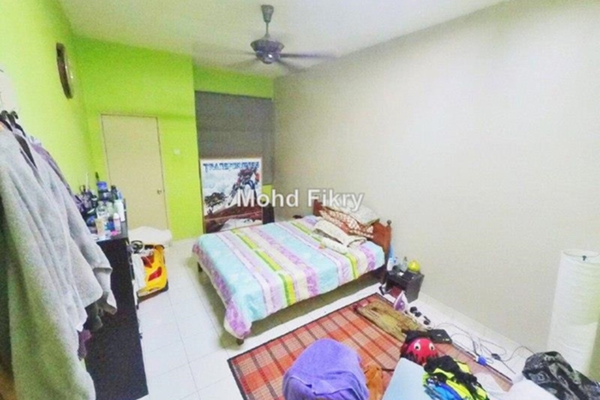 For Sale Terrace at Alam Budiman, Shah Alam Leasehold Unfurnished 4R/4B 590k