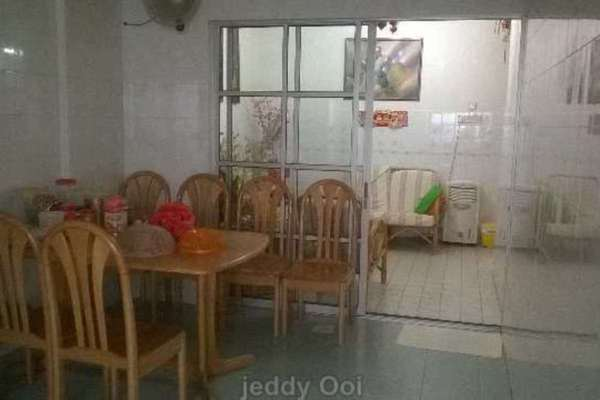 For Sale Terrace at BK2, Bandar Kinrara  Unfurnished 4R/3B 1.28m