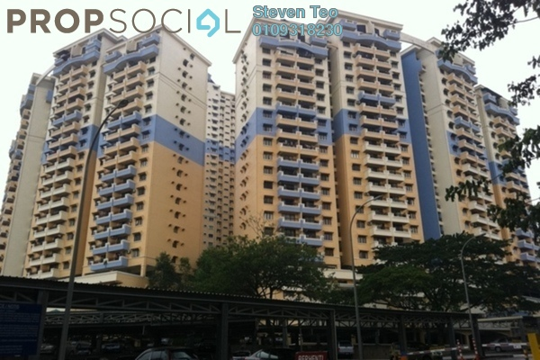 For Sale Condominium at Vista Komanwel, Bukit Jalil Freehold Semi Furnished 3R/2B 540k
