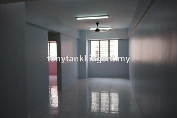 For Rent Condominium at Rhythm Avenue, UEP Subang Jaya Leasehold Unfurnished 2R/1B 850translationmissing:en.pricing.unit