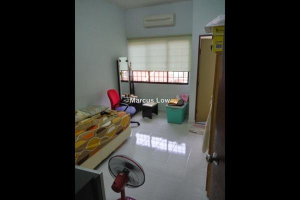 For Sale Link at Taman Sungai Besi Indah, Seri Kembangan Leasehold Unfurnished 4R/3B 650k