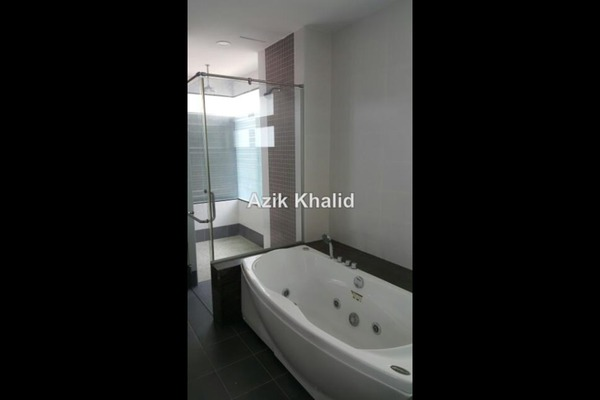 For Sale Semi-Detached at Amberhill, Melawati Freehold Semi Furnished 5R/7B 2.4m