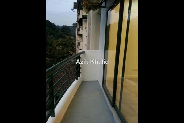 For Sale Condominium at Emerald Hill, Ampang Leasehold Unfurnished 3R/2B 450k