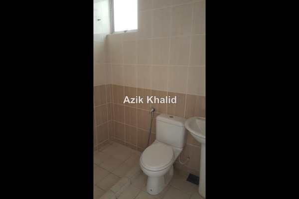 For Sale Link at Precinct 11, Putrajaya Freehold Semi Furnished 4R/3B 719.0千